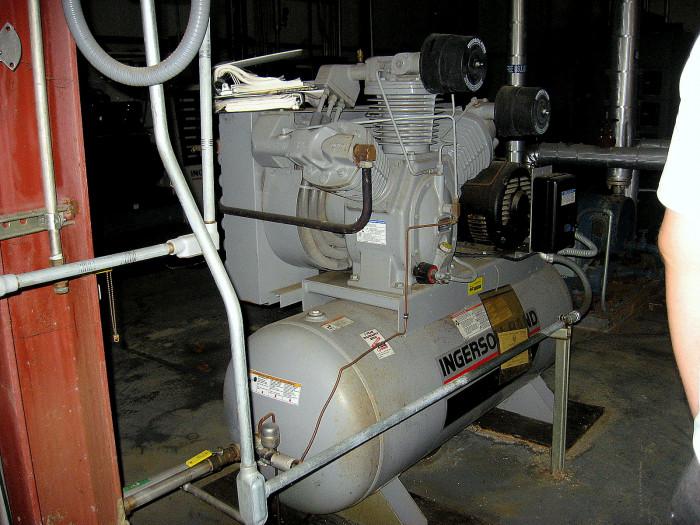 Air Compressor Ingersoll Rand 3000 E25 25 Hp 175 Psi
