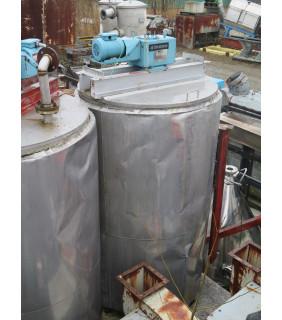 "TANK - 650 GAL - 4' X 7' STAINLESS STEEL (48"" X 84"") - INSULATED - AGITATOR MIXING TANK"