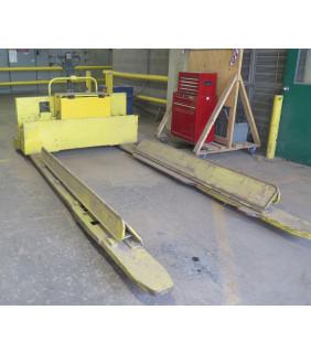PALLET TRUCK - YALE - 8000 LB - FOR SALE