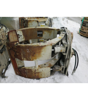"""USED PAPER ROLL CLAMPS - 72"""" - 7 500 LB - CASCADE - MODEL: R90F-RCP-60782 - FOR SALE"""