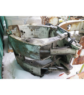"""USED PAPER ROLL CLAMPS - 60"""" - 7 700 LB - CASCADE - MODEL: 77F-RCP-01B - FOR SAL"""
