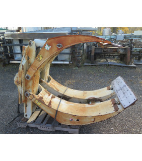"""USED PAPER ROLL CLAMPS - 80"""" - 10 000 LB - CASCADE - MODEL: 100F-RCP 1 - FOR SALE"""