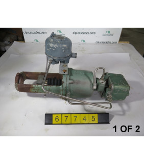 1 OF 2 - ACTUATOR - FISHER - 3570 - USED