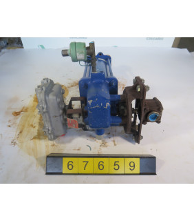 "BALL VALVE - JAMESBURY 1052-3CM25 - 1 1/4"" - USED"