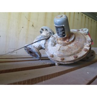 "USED PRESSURE REDUCING REGULATORS - 2"" - FISHER - TYPE: 99 - FOR SALE"