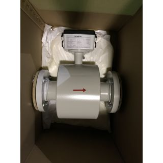 "Store Surplus - Flowmeter - Siemens - 3"" - Siemens - Sitrans F M Transmag 911/E - For Sale"