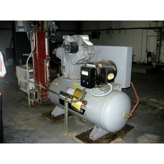 AIR COMPRESSOR - INGERSOLL RAND - 3000 E25 - 25 HP