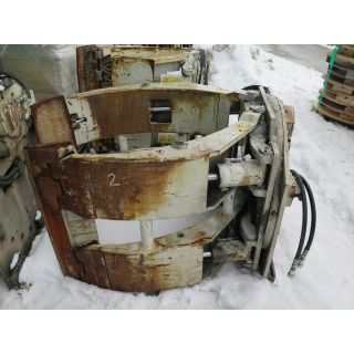 """USED PAPER ROLL CLAMPS - 60"""" - 10 000 LB - CASCADE - MODEL: 100F-RCP-153R0 - FOR SALE"""