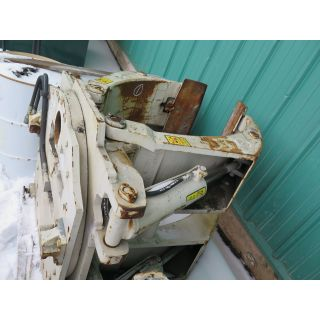 """USED PAPER ROLL CLAMPS - 64"""" - 7 200 LB - CASCADE - MODEL: R77F-RCP-60083 - FOR SALE"""