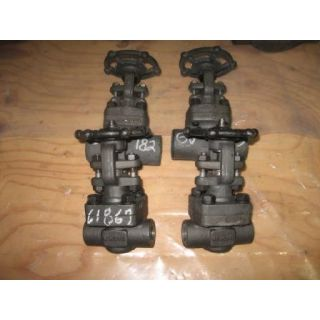 "GATE VALVE MANUAL - VELAN - 1/2"" NPT - STORE SURPLUS"