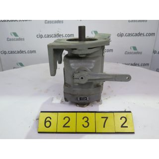 HYDRAULIC PUMP - VICKERS - PVB15-FRDY-30-M-10 - USED
