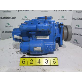 HYDRAULIC PUMP - EATON - 7620-000 - USED
