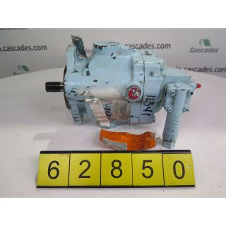 "HYDRAULIC PUMP - VICKERS - PVP15-RSY-30-CC-10 - 1"" - USED"